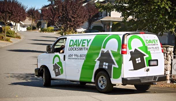 Davey Locksmith van pulling away